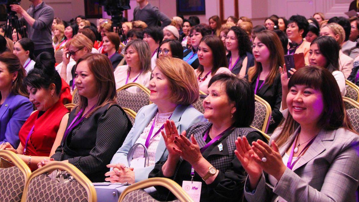 Әйелдер кәсіпкерлігі жаңа деңгейге шықты: Астанада Ideas for Women 2018 форумы басталды