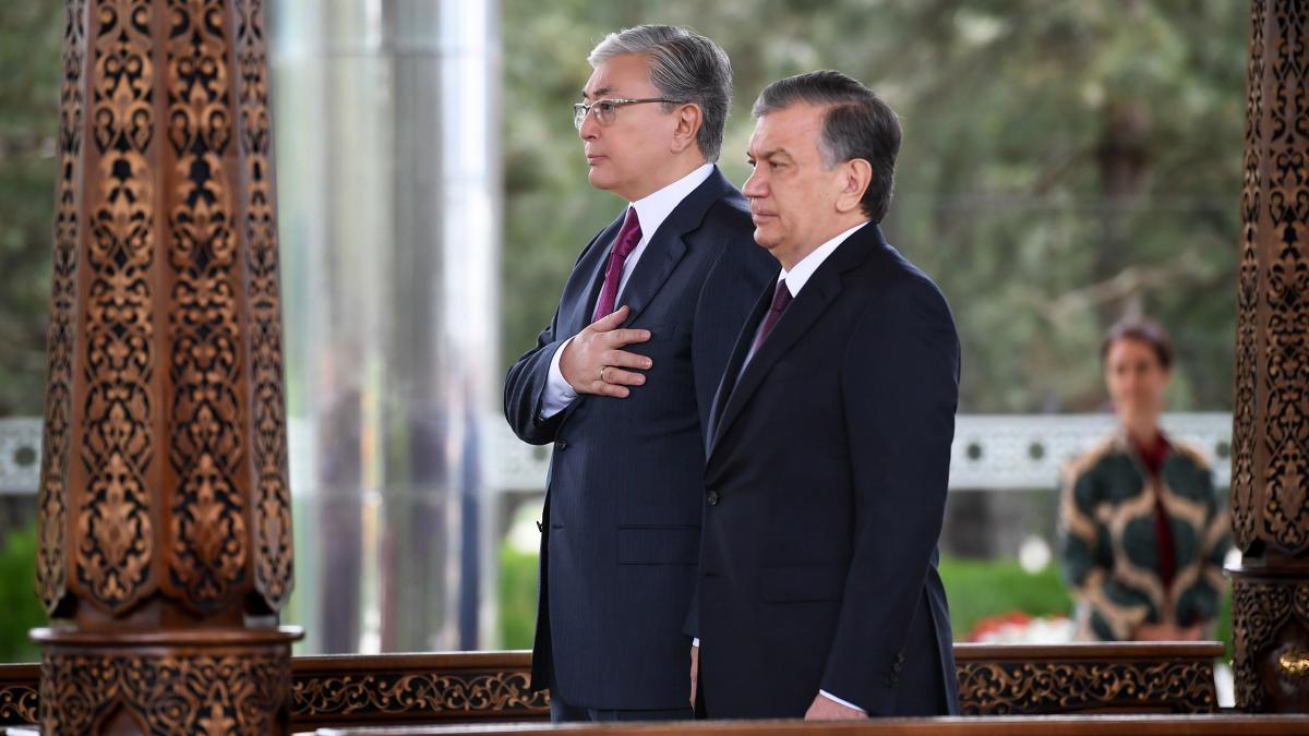 Мемлекет басшысы Қ.Тоқаев Өзбекстан Президенті Ш.Мирзиёевпен шағын құрамда келіссөз өткізді