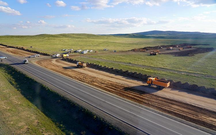 Аскар Мамин осмотрел и оценил ход реализации крупных инфраструктурных проектов 1