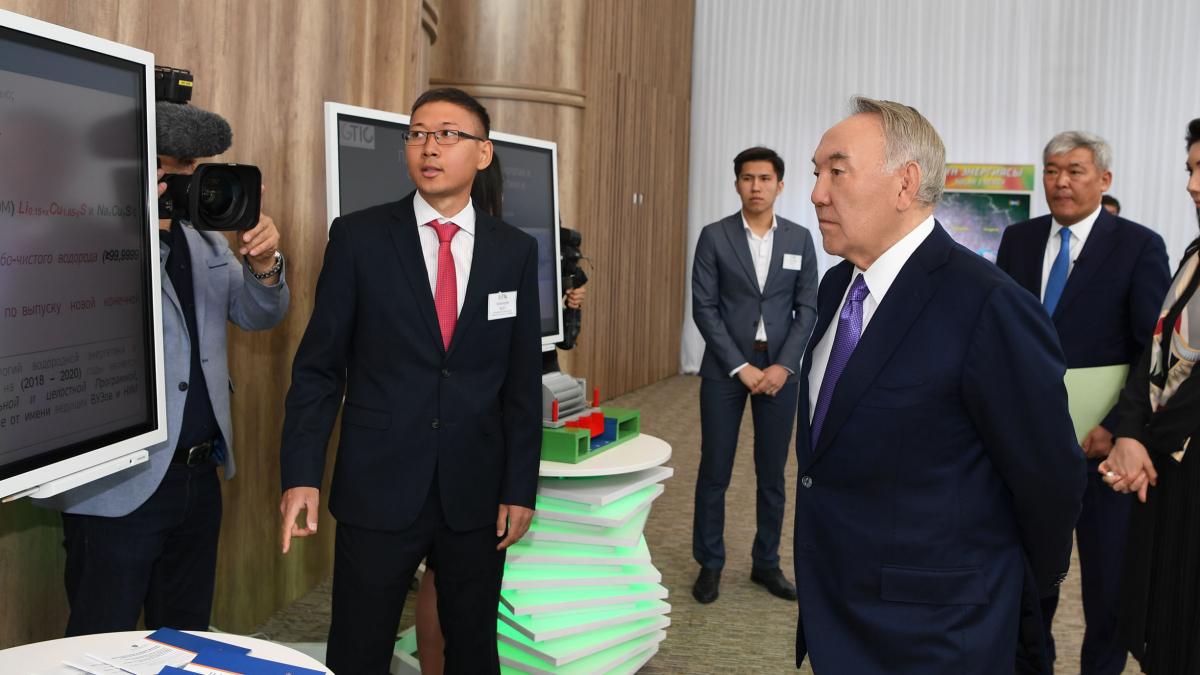 Елбасы «Жасыл» технологиялар мен инвестициялық жобалардың халықаралық орталығына барды