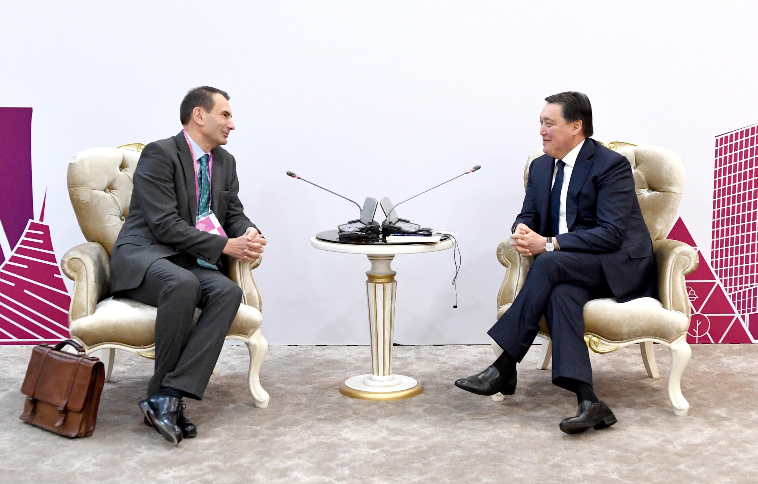 А. Мамин провел встречи с представителями крупнейших международных финансовых структур 1