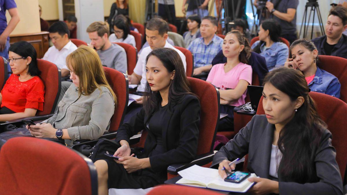 С. Жақыпова әлеуметтік қамсыздандыру туралы заңға енгізілген жаңа өзгерістерді түсіндіріп берді