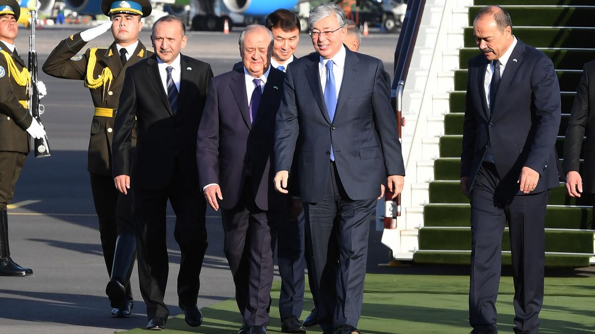 Президент Казахстана Касым-Жомарт Токаев прибыл с государственным визитом в Республику Узбекистан