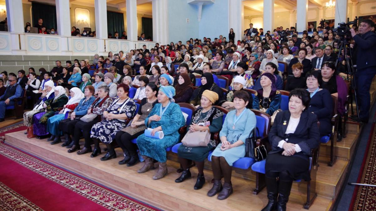 "Working trip to Atyrau region: Gulshara Abdykalikova explains new social support measures ""Aleumettik Qamqorlyq"""