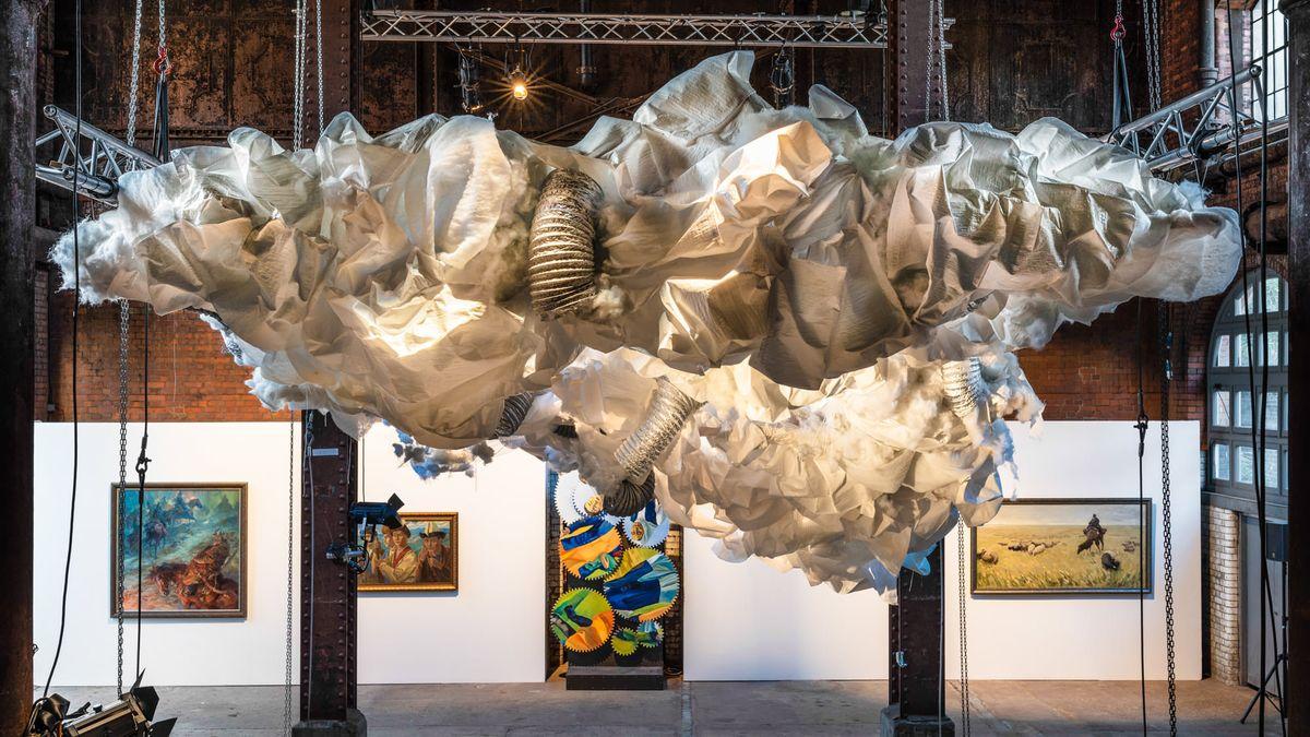 Уникальная выставка современного казахстанского искусства открылась в Лондоне